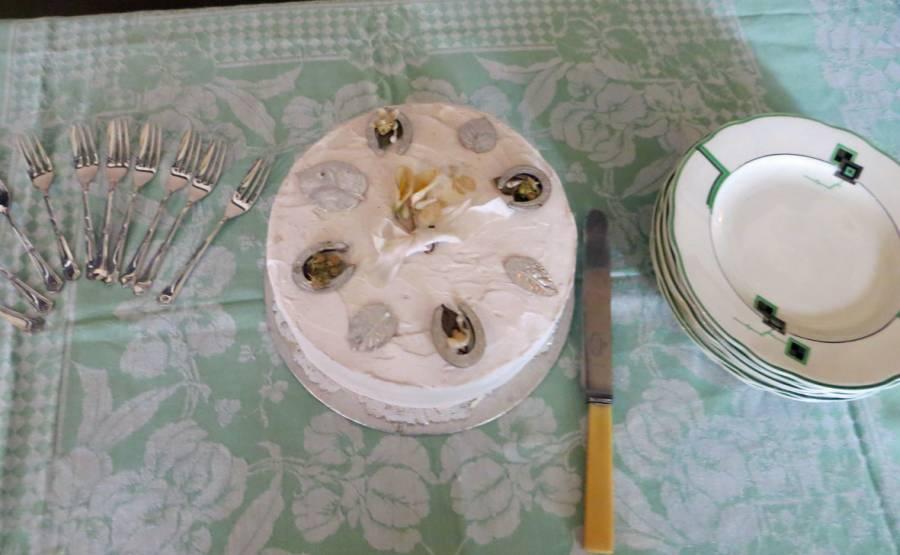 Wartime wedding cake
