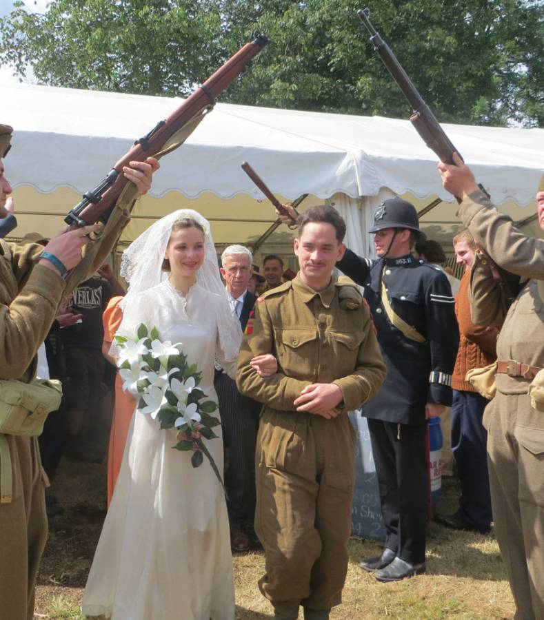 Wartime wedding bride and groom